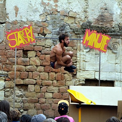 clown-hors-piste-2021-Starsky Minute La Depliante Iza.Pauly copyright