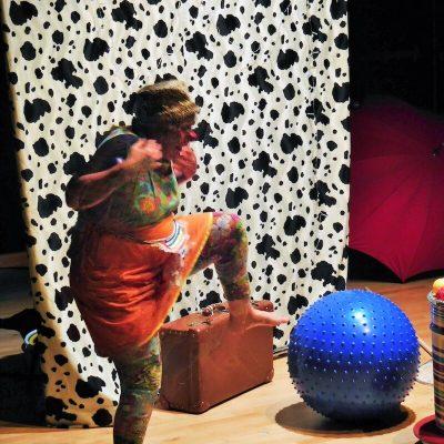 festival-clown-hors-piste-Spectacle Moi-émoi